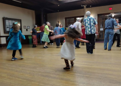 Contra-Dancing