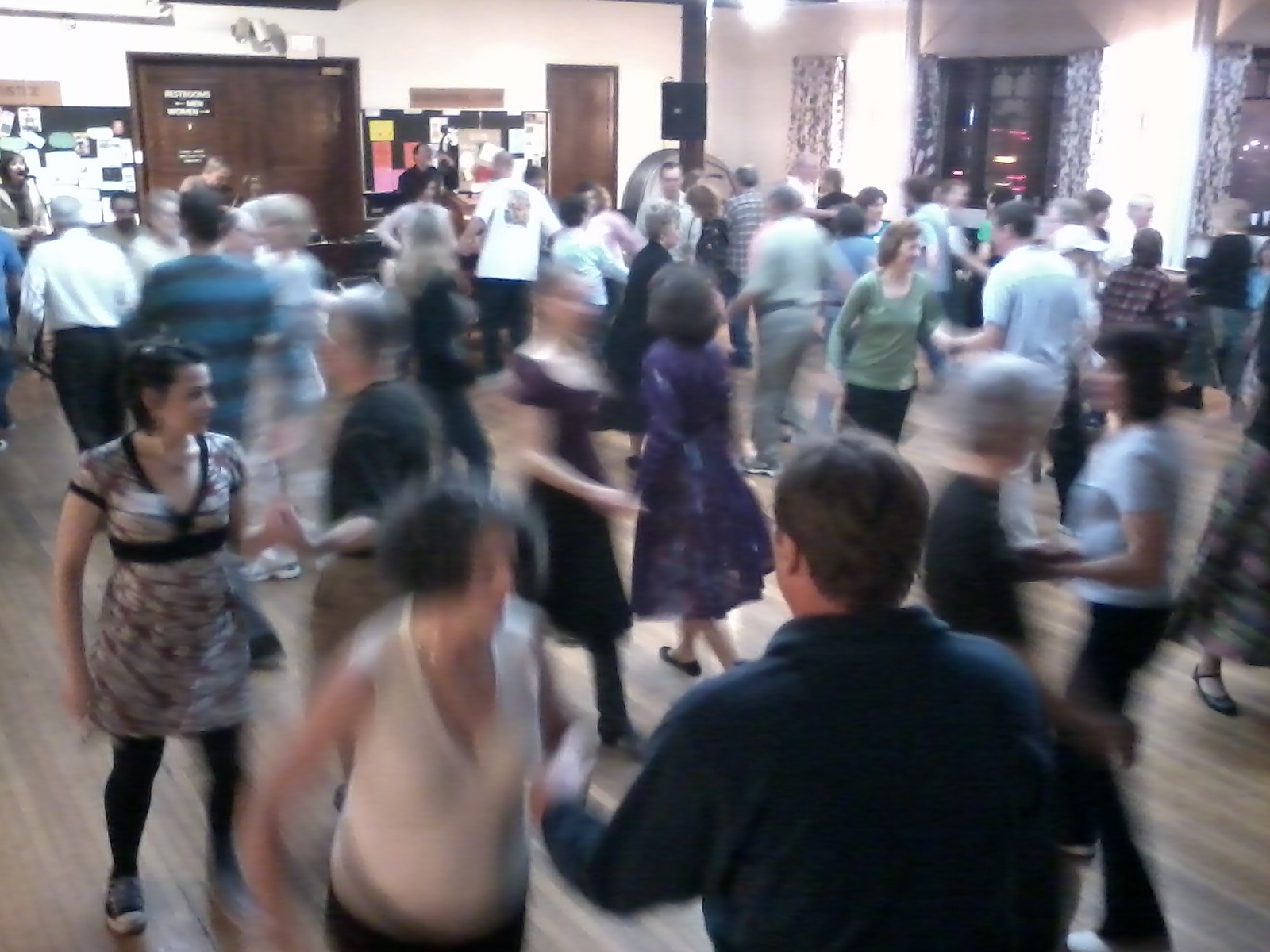 Queen City Contra Dancers of Buffalo NY